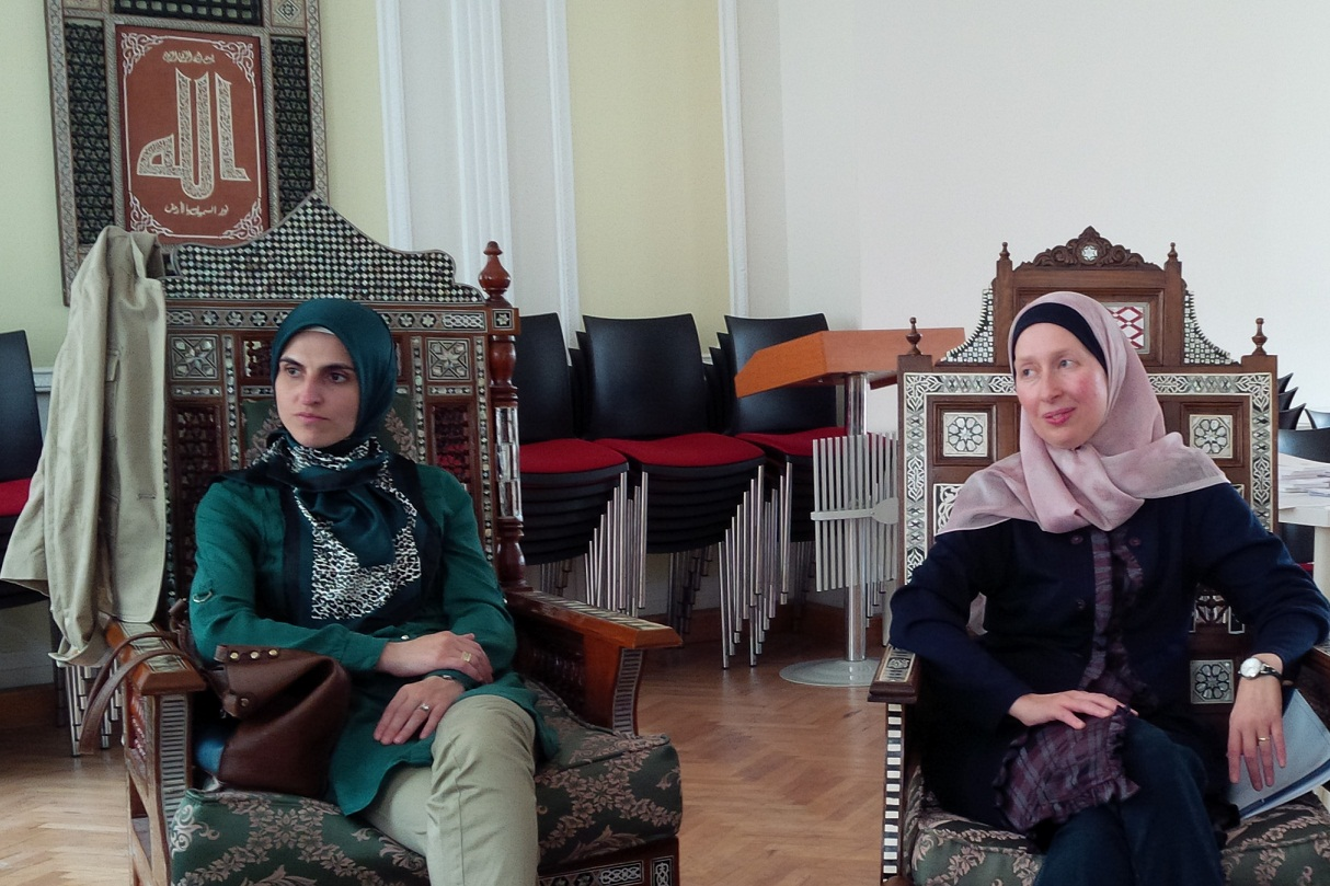 """wien single muslim girls 8 things to expect when dating a muslim girl hesse a high proportion of muslim girls the only thing one needs to know about """"dating"""" a moslem women is."""